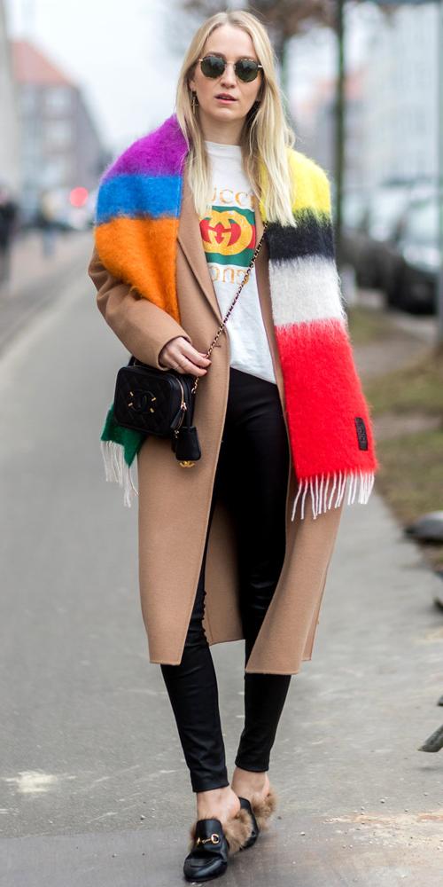 fashionista-the-gioi-va-con-sot-ao-thun-don-gian-8