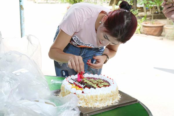 Trang Trần đón sinh nhật giản dị bên con gái - ảnh 4