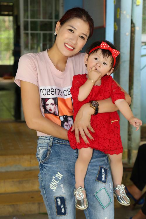 Trang Trần đón sinh nhật giản dị bên con gái - ảnh 10
