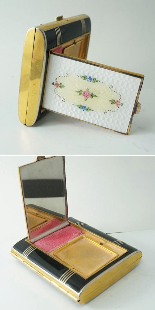 Chiếc hộp xinh xắn này chính là một trong những sản phẩm đa chức năng đầu tiên với một khay đựng phấn má, một khay đựng phấn phủ và phần còn lại là để đựng thuốc lá. Đây là sản phẩm của thương hiệu La Mode vào những năm 1930.