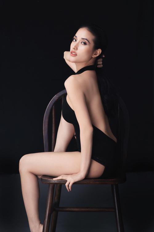 mai-ho-mac-mat-me-khoe-duong-cong-sexy-3