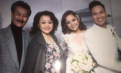Ca sĩ Hương Lan bỏ dự cưới vì Việt Hương diễn hài thô tục