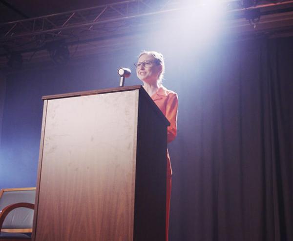 'Người Dơi' Ben Affleck và 'Siêu nhân' Henry Cavill lãnh Mâm Xôi Vàng