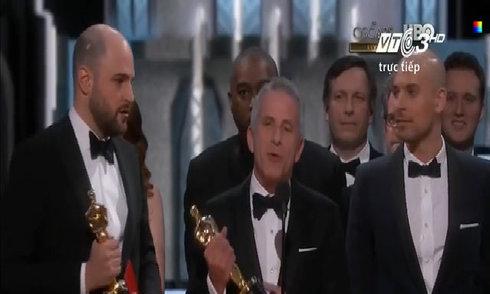 Oscar 2017 'dở khóc dở cười' vì công bố nhầm giải Phim hay nhất