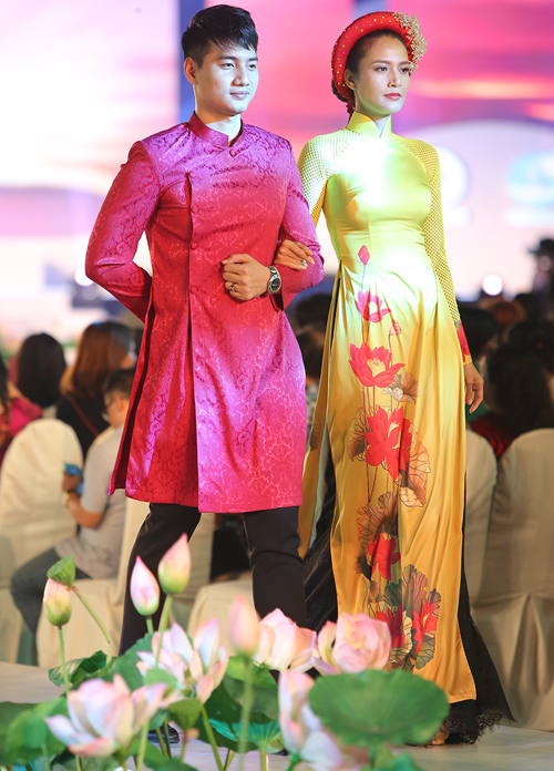 thuy-ngan-lam-vedette-dien-trong-le-hoi-ao-dai-9