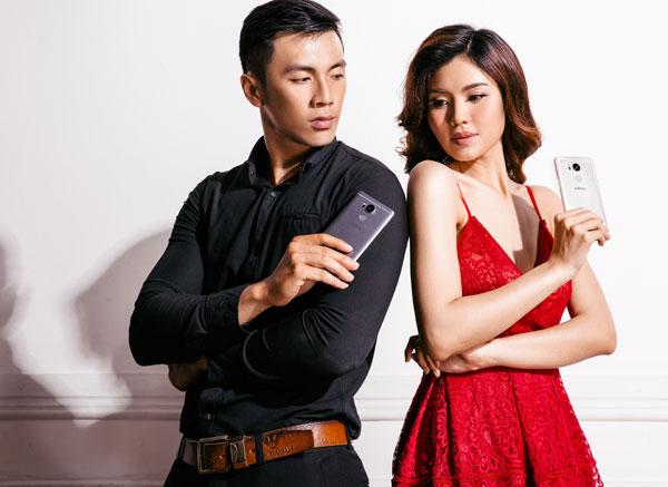bong-hong-khoe-smartphone-zero-4-co-phu-kien-doc-dao-6