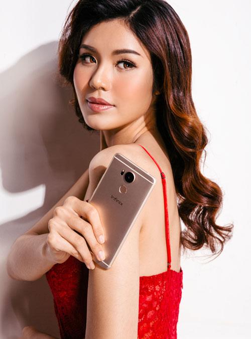 bong-hong-khoe-smartphone-zero-4-co-phu-kien-doc-dao-5