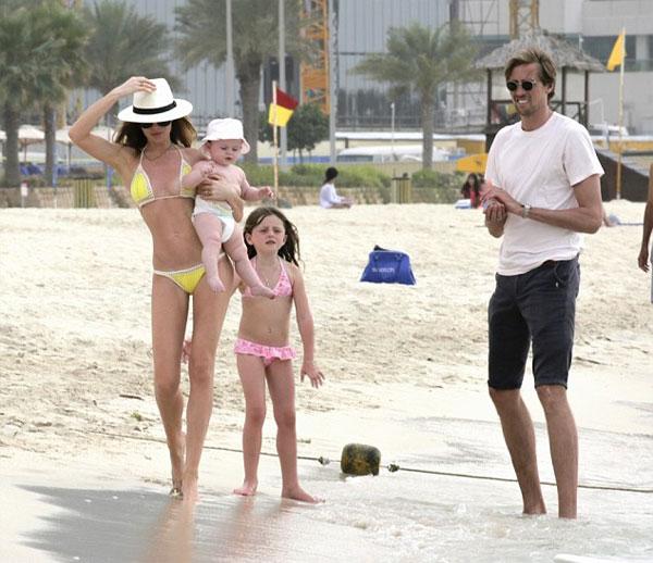 Sophia, con gái đầu của cặp đôi đã 6 tuổi còn bé thứ hai, Liberty, sắp 2 tuổi.