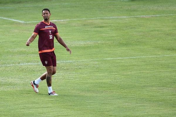 Bruno tập luyện với đội bóng mới sau khi tự do.