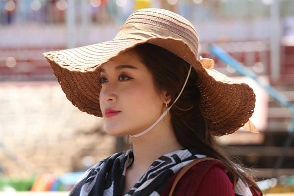 huyen-my-bi-bam-dap-dau-goi-khi-dong-phim-o-myanmar