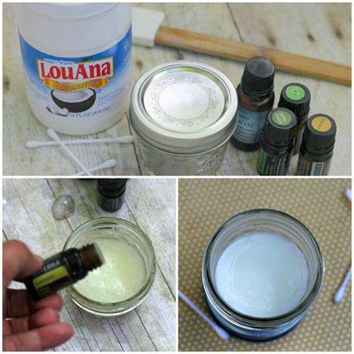 Lấy 1/4 cốc dầu dừa (đã được làm nóng) trộn cùng 10 giọt tinh dầu. Dùng bông cotton thấm hỗn hợp thoa lên những vùng da có mụn đầu đen vào mỗi buổi sáng và tối.