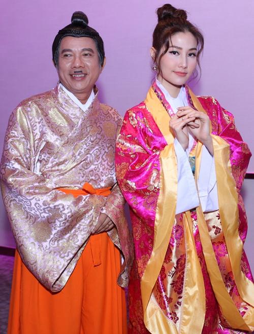 diem-my-9x-dien-kimono-om-chat-truong-the-vinh-2