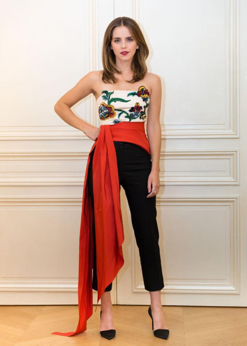 emma-watson-bien-hoa-style-khi-quang-ba-beauty-and-the-beast-7