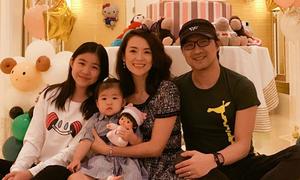 Con gái Uông Phong ở với bà, Tử Di bị tố là mẹ kế giả tạo