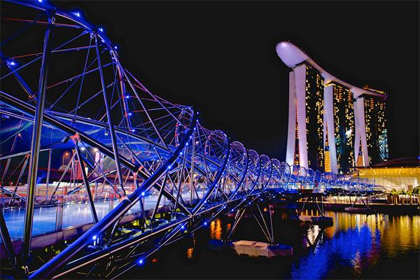 12-cay-cau-chup-anh-sieu-ao-o-singapore