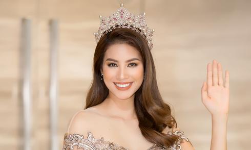 Phạm Hương xuất hiện như Nữ hoàng, tiết lộ từng tự ti về nhan sắc