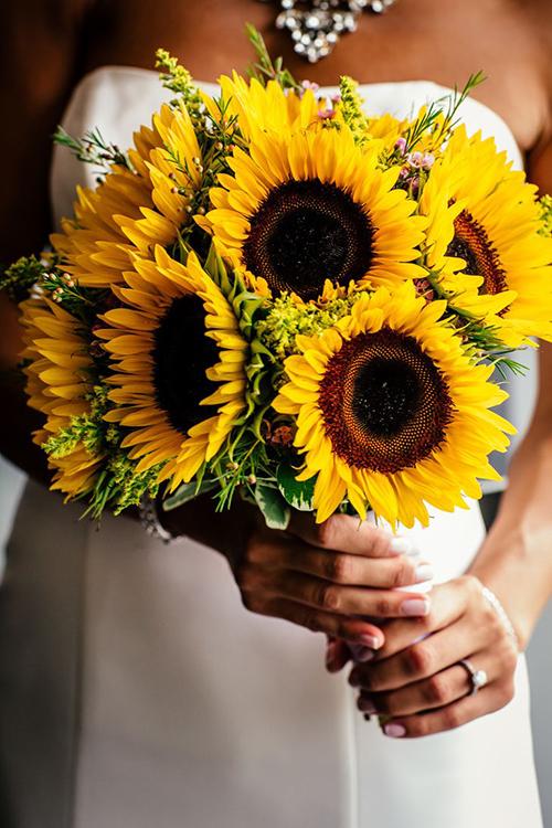 Hoa cưới hoa hướng dương