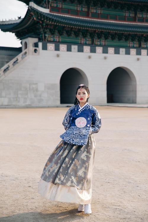 milan-pham-dien-hanbok-dao-choi-o-han-quoc-6