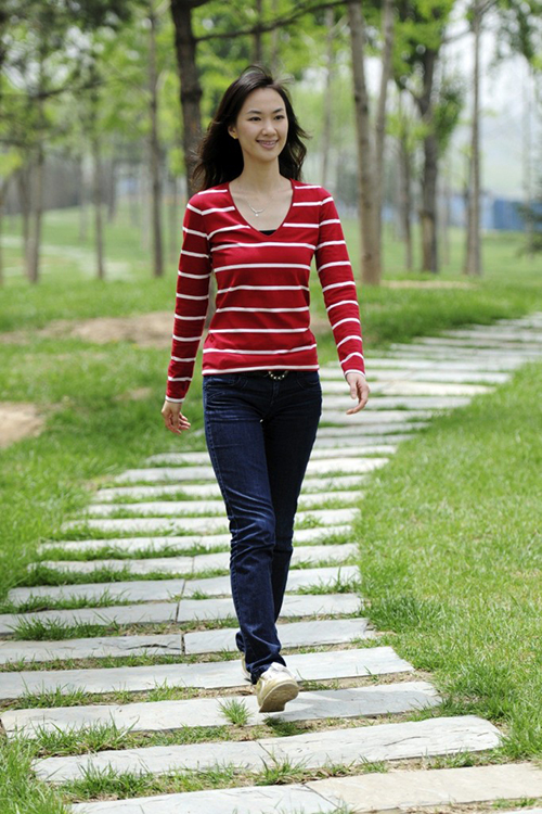 Nếu bạn thấy tâm trạng không tốt, hãy đi dạo quanh nhà để cân bằng lại cảm xúc.