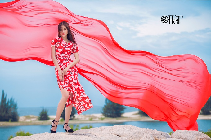 huong-ly-cuon-hut-voi-bst-maxi-cua-ht-fashion-7