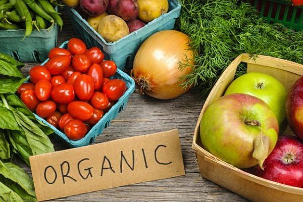 Sử dụng thực phẩm ogranic Thực phẩm organic sẽ hạn chế tối đa việc đưa các độc tố tích tụ vào trong cơ thể,