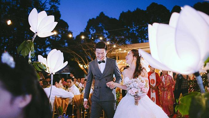 Sau đám cưới, Duy Cường lại trở về công việc tại Mỹ và cặp đôi này vẫn tiếp tục hành trình yêu xa. Cả hai dự định sẽ đoàn tụ vào cuối năm nay.