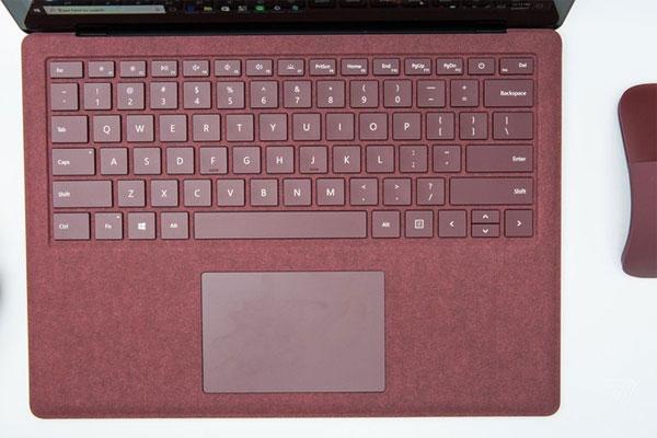 Surface Laptop trình làng với pin 14,5 tiếng, giá từ 1.000 USD