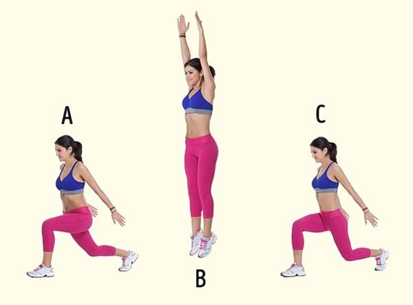 Chuẩn bị ở tư thế ngồi, chân trước cách chân sau 2 vai, hai tay đưa thẳng về phía sau. Bật nhảy cao