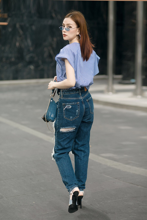 thu-thuy-chat-lu-voi-cach-mix-jean-va-denim-8