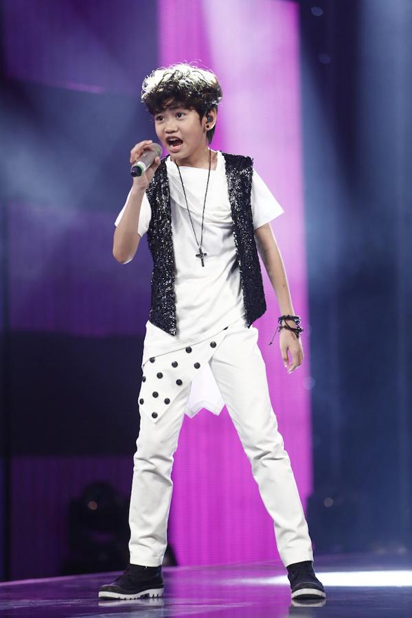 Vợ chồng Lý Hải ngạc nhiên trước tài năng của thí sinh Idol Kids - ảnh 4