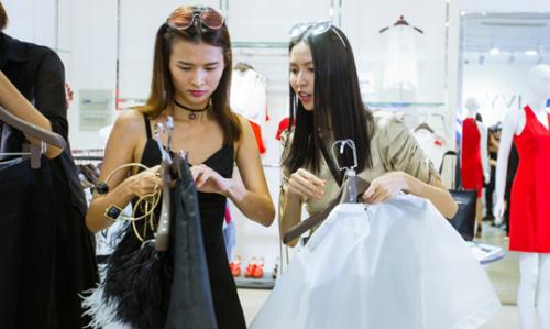 Thí sinh Next Top Model thử thách mix đồ với trang phục IVY moda