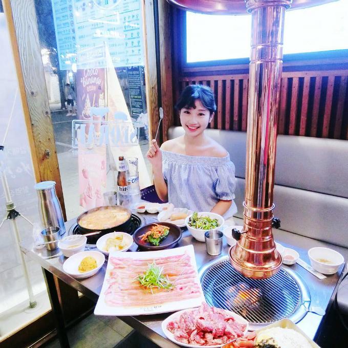 Quán thịt nướng không ngừng hot nhờ Song Joong Ki - Song Hye Kyo - ảnh 10