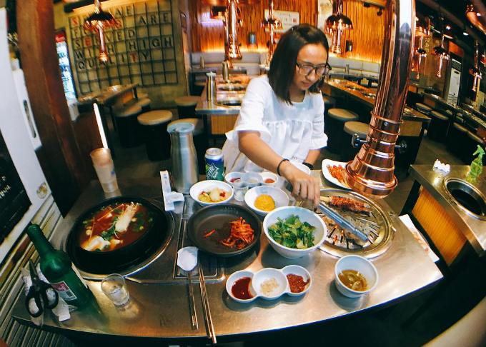 Quán thịt nướng không ngừng hot nhờ Song Joong Ki - Song Hye Kyo - ảnh 9