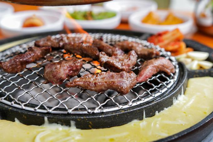 Quán thịt nướng không ngừng hot nhờ Song Joong Ki - Song Hye Kyo - ảnh 5