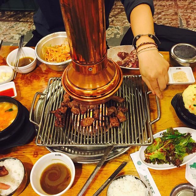 Quán thịt nướng không ngừng hot nhờ Song Joong Ki - Song Hye Kyo - ảnh 4