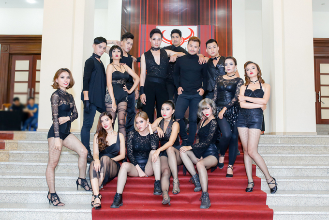 cat-tuong-phai-ban-dat-quyen-linh-mua-lai-voi-gia-cao-3