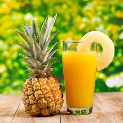 Nước ép trái cây Trong các loại nước ép trái cây như nước cam, nước chanh, nước ép táo,... đều chứa hàm lượng axit khá cao, không chỉ gây hại cho dạ dày vào buổi sáng mà còn cản trở quá trình hấp thụ canxi từ bữa sáng của bạn.