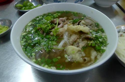 quan-pho-khong-hop-khu-vi-nguoi-sai-gon-nhung-van-dong-khach-1