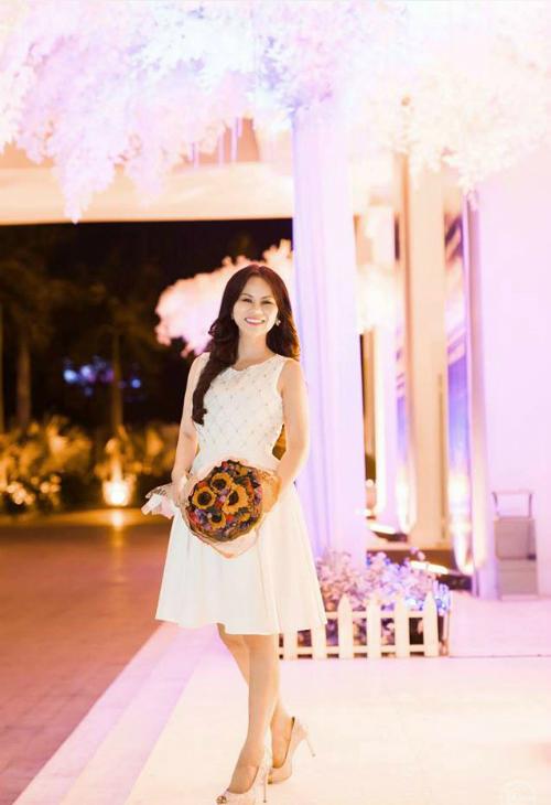 Hoa hậu Khả ái Vivian Văn khoe nhan sắc rạng ngời - Ảnh minh hoạ 3