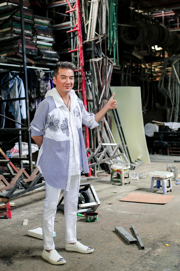 Mr. Đàm chi 3 tỷ làm bối cảnh cho liveshow Bolero - Ảnh minh hoạ 2