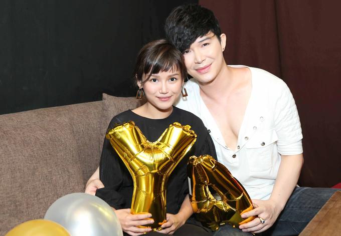 Nathan Lee hôn Lý Nhã Kỳ, Phương Mai trong tiệc sinh nhật - Ảnh minh hoạ 4