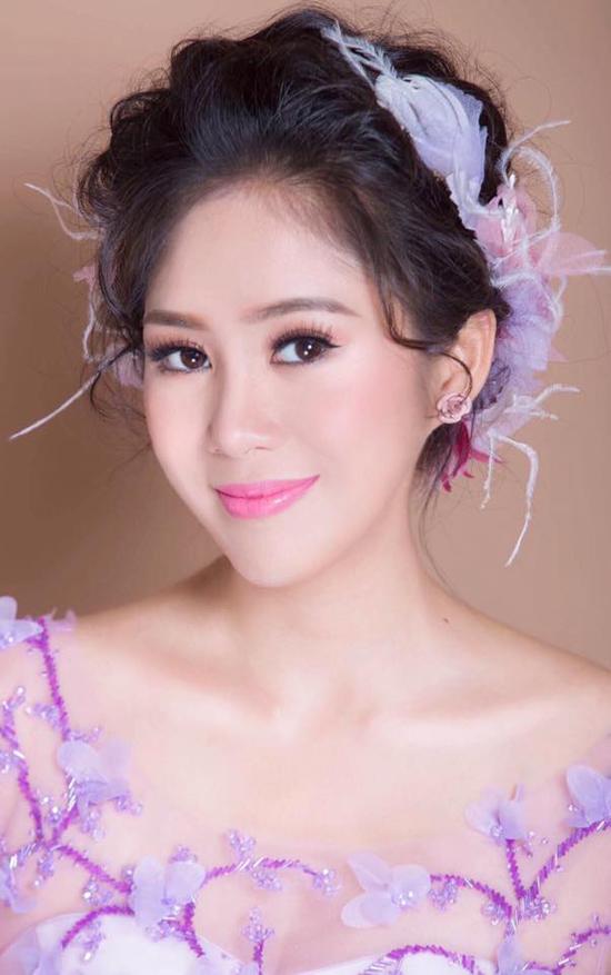 le-phuong-khoe-anh-cuoi-ngot-ngao-truoc-ngay-len-xe-hoa-4