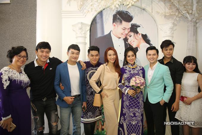 Ngân Khánh từ Singapore về Trà Vinh dự đám cưới Lê Phương - Ảnh minh hoạ 3