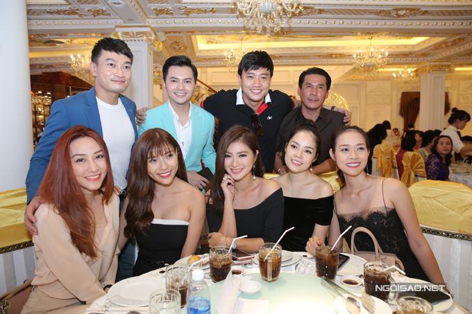 Ngân Khánh từ Singapore về Trà Vinh dự đám cưới Lê Phương - Ảnh minh hoạ 5
