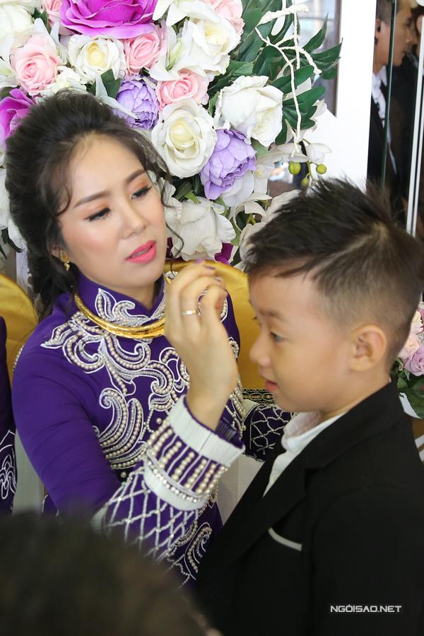 Ngân Khánh từ Singapore về Trà Vinh dự đám cưới Lê Phương - Ảnh minh hoạ 8