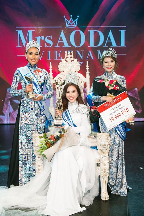Hoàng Dung đăng quang Mrs Ao dai Vietnam 2017 - Ảnh minh hoạ 8