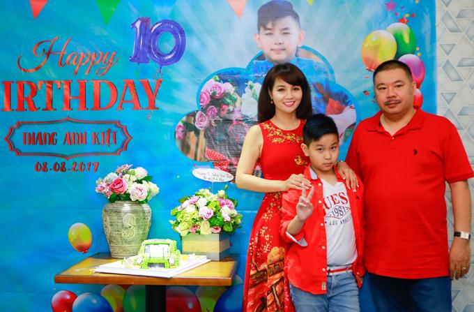 Vợ chồng Mai Thu Huyền mở tiệc mừng sinh nhật con trai - Ảnh minh hoạ 3