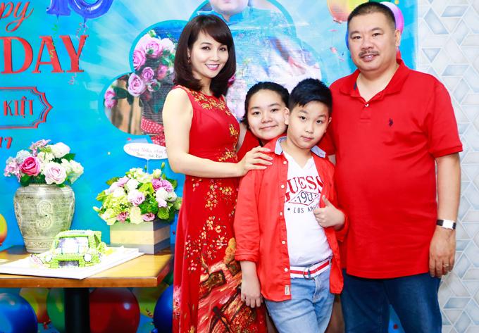Vợ chồng Mai Thu Huyền mở tiệc mừng sinh nhật con trai - Ảnh minh hoạ 4
