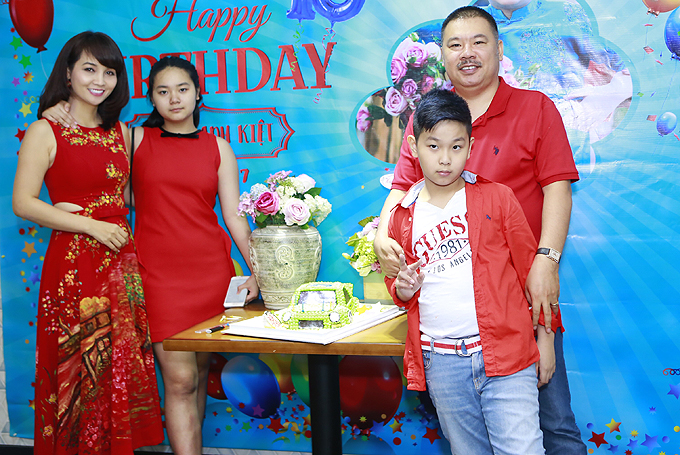 Vợ chồng Mai Thu Huyền mở tiệc mừng sinh nhật con trai - Ảnh minh hoạ 5