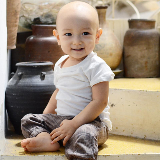 10 tháng tuổi, con trai thứ hai của Ngô Quang Hải vẫn chưa có tóc - Ảnh minh hoạ 4